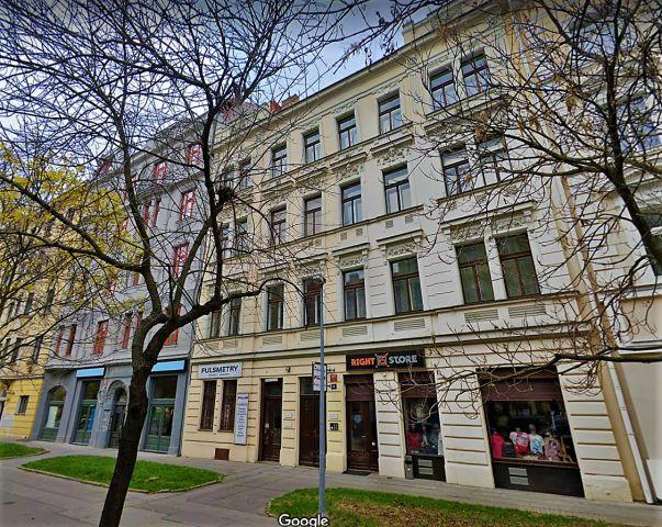 Prodej podílu 20/48 činžovní dům, Korunovační -
